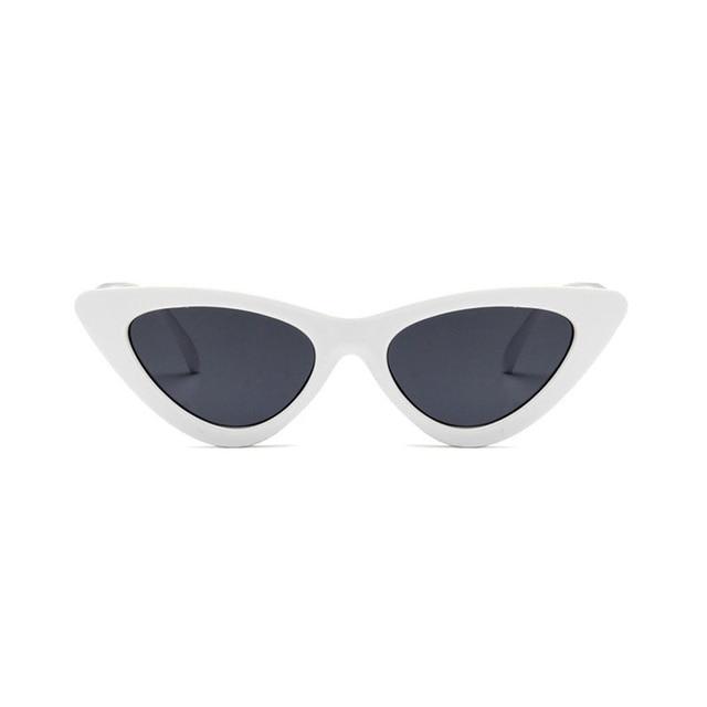 86e30aad96c904 Lunettes de soleil mignon sexy rétro lunettes de soleil oeil de chat femmes  petit noir blanc