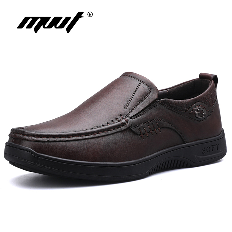 MVVT Simple Genuine Leather Shoes Men Casual Shoes Slip On Loafers Men Flats Autumn FootWear Handmade Business Men Leather Shoes new fashion gold snakeskin pattern loafers men handmade slip on leather shoes big sizes men s party and prom shoes casual flats