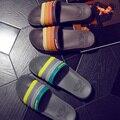 2016 Hombres Zapatillas de Verano Nueva Playa de la Marca de Los Hombres Zapatillas de Casa Sandalias Caual Zapatos Pantufas De Pelucia Adulto 3 Colores