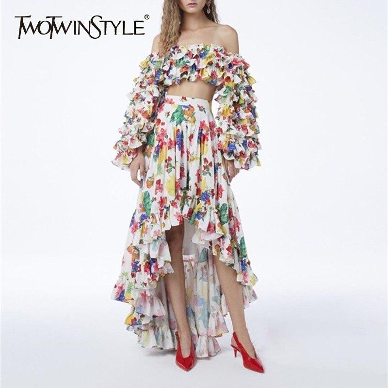 TWOTWISNTYEL drukuj kobiety garnitur Slash Neck Puff rękawem Crop Tops wysokiej talii asymetryczna spódnica dwuczęściowy zestaw kobiet moda nowy w Zestawy damskie od Odzież damska na AliExpress - 11.11_Double 11Singles' Day 1