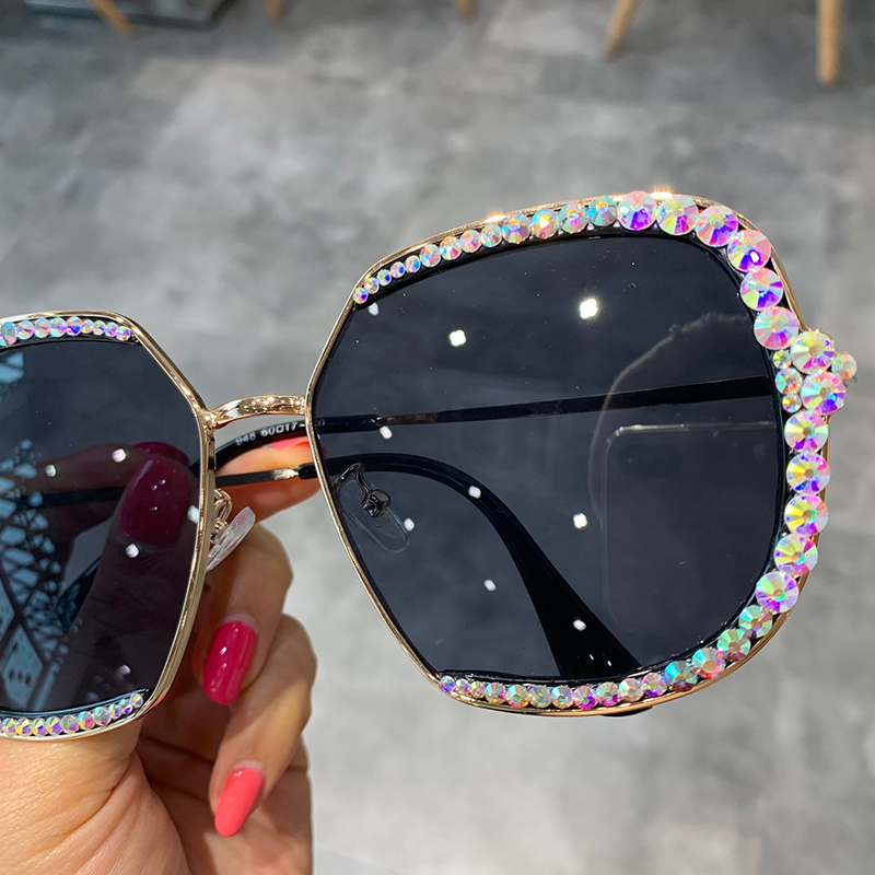 2019 sunglasses women  Luxury Rhinestone square Sun glasses clear lens Oversized men sunglasses Vintage Shades 5