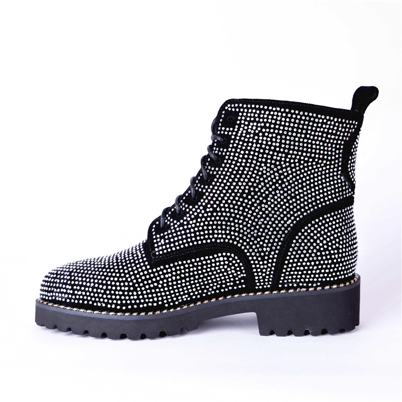 Ayakk.'ten Ayak Bileği Çizmeler'de MStacchi Moda Taklidi Ayakkabı Kadın Punk Stil Inek Süet yarım çizmeler Kadınlar Için Yuvarlak Ayak Sonbahar Kış Çizmeler Büyük Boy 33  43'da  Grup 3