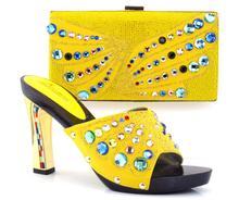 Neue ankunft fashion11cm peep toe talian schuhe mit passenden taschen set neue mode steine blume GELB Afrikanische schuhe und tasche sets