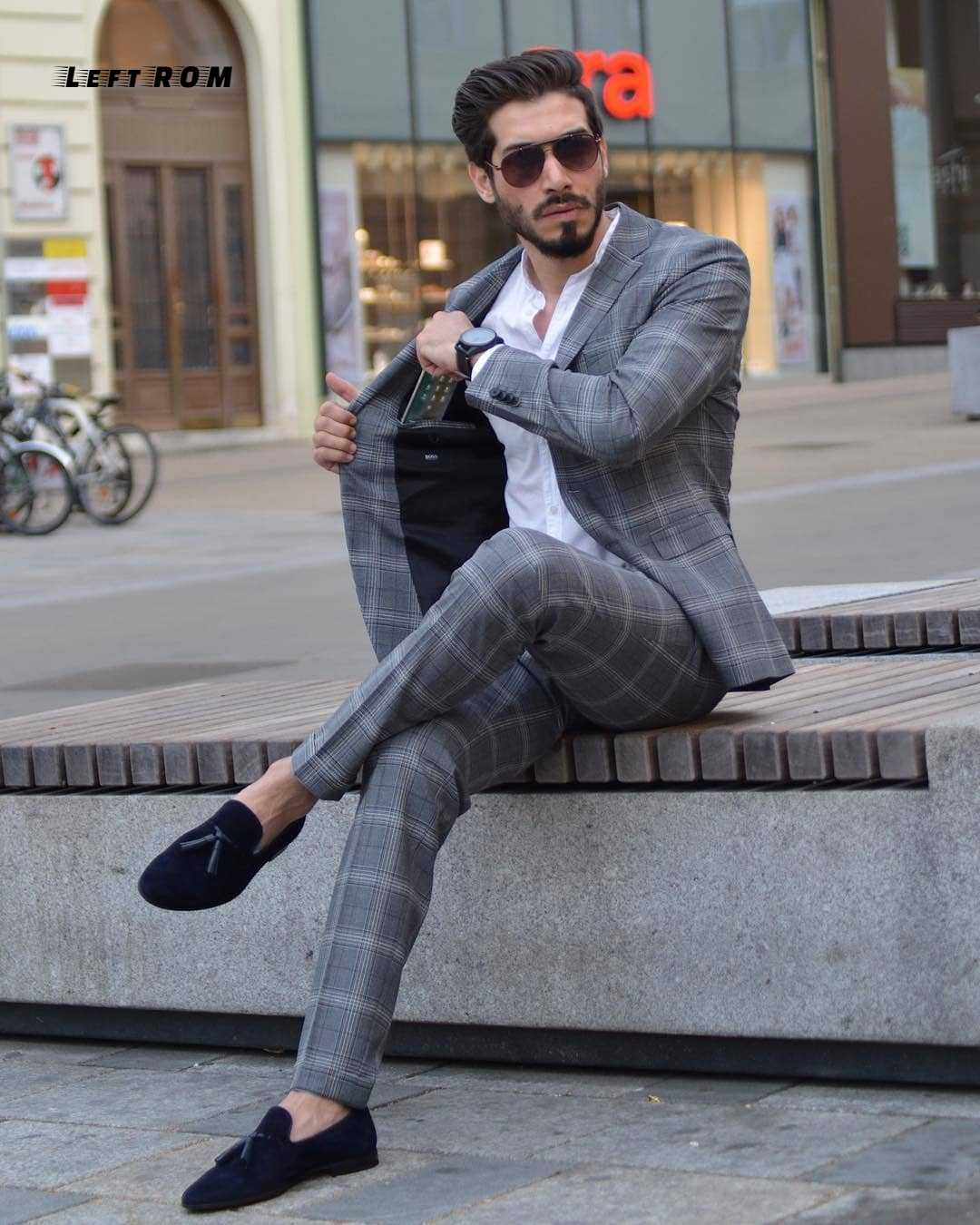 2019 Spring Suit Suits Slim Plaid British Suit Three-piece Suit Two Colors Apricot and Gray Plaid. Size:M,L,XL,2XL,3XL