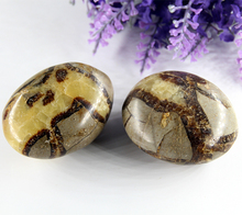 one Jasper Labradorite Bead
