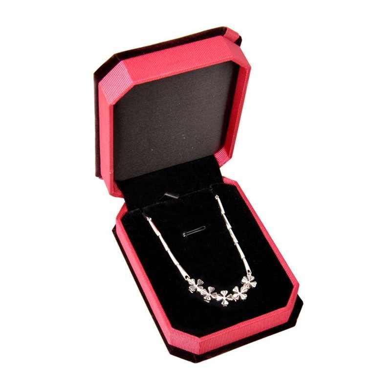 OMHXFC venta al por mayor de moda elegante vino rojo terciopelo colgante collar embalaje accesorios joyería Diaplay regalo caja de embalaje GB04