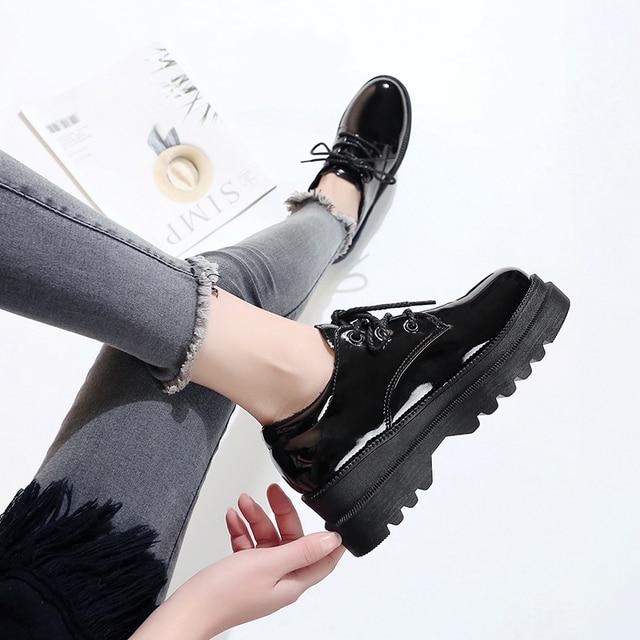 אירופאי אביב קטן נעלי נשים רטרו בריטי רוח 2019 חדש קוריאני גרסה של עבה בלעדי נעלי נעלי נשים אופנה
