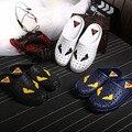 Hombres Zuecos de verano Para Los Amantes de Las Mujeres Recortes Sandalias Zapatos Mujer Slip On Pisos Casual Zapatillas de Las Mujeres Flip-Flops Para hombre