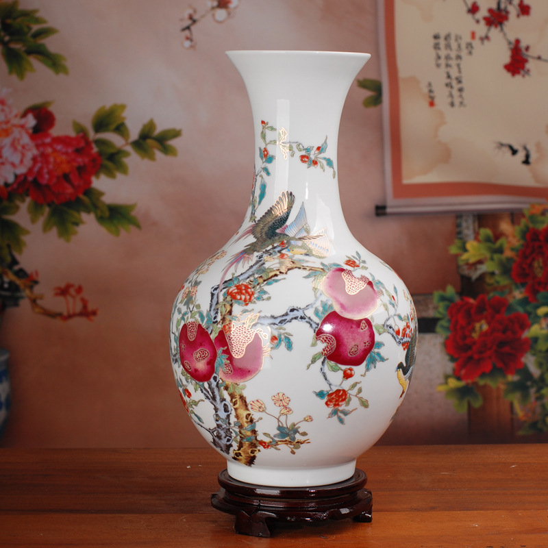 FREE SHIPPING New product Jingdezhen porcelain Hand painted enamel paint pomegranate vase decoration decoration A wedding gift