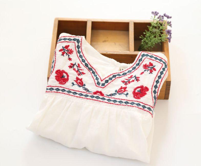 bbce5e27a5 2018 wiosna nowy nabytek dziewczynek chiński stylu białe bluzki dziewczyny  z długim rękawem białe koszule dzieci kwiatów-haft bluzki