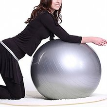 Femmes Sport Yoga Balle Bola Pilates Fitness Gym Balance Fitball Exercice Pilates  Workout Boule De Massage 55 cm 65 cm 75 cm 8685a47908f46