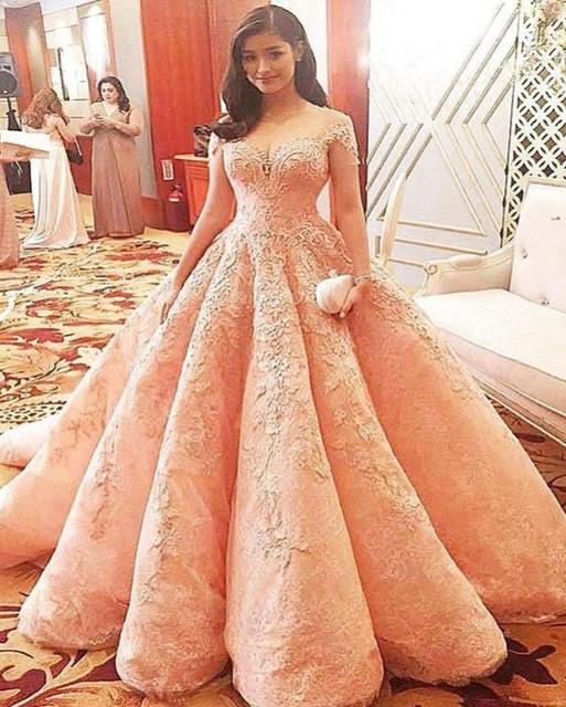2017 Pink Lace Ball Gown Wedding Dress Vintage Liques Beading Short Sleeve Vestido De Noiva