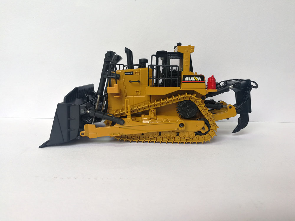 1 50 Die Cast HUINA Tractor toy