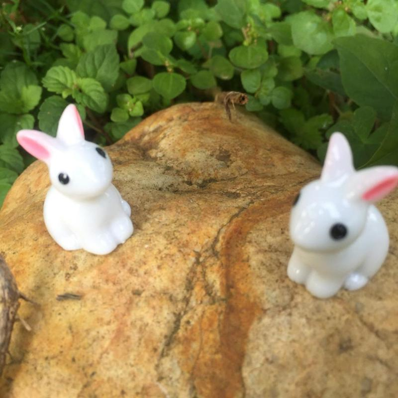 Synthetic Resin Hand-painted Mini Rabbit Ornament Miniature Figurine Model Cute Rabbit Decoration Small Statue Little Figurine