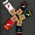 2017 primavera 5 cores meias PALÁCIO skates listrado P carta meias 100% algodão meias Pilha meias super moda