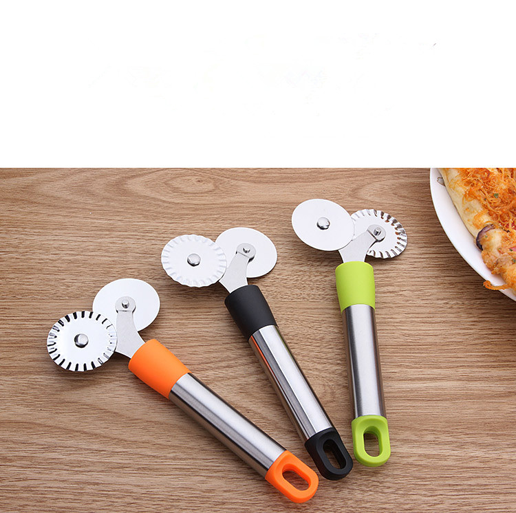 Pasta Dough Pastry Crimper Lace Hob  Pizza Cutter Round Roller Stainless Steel