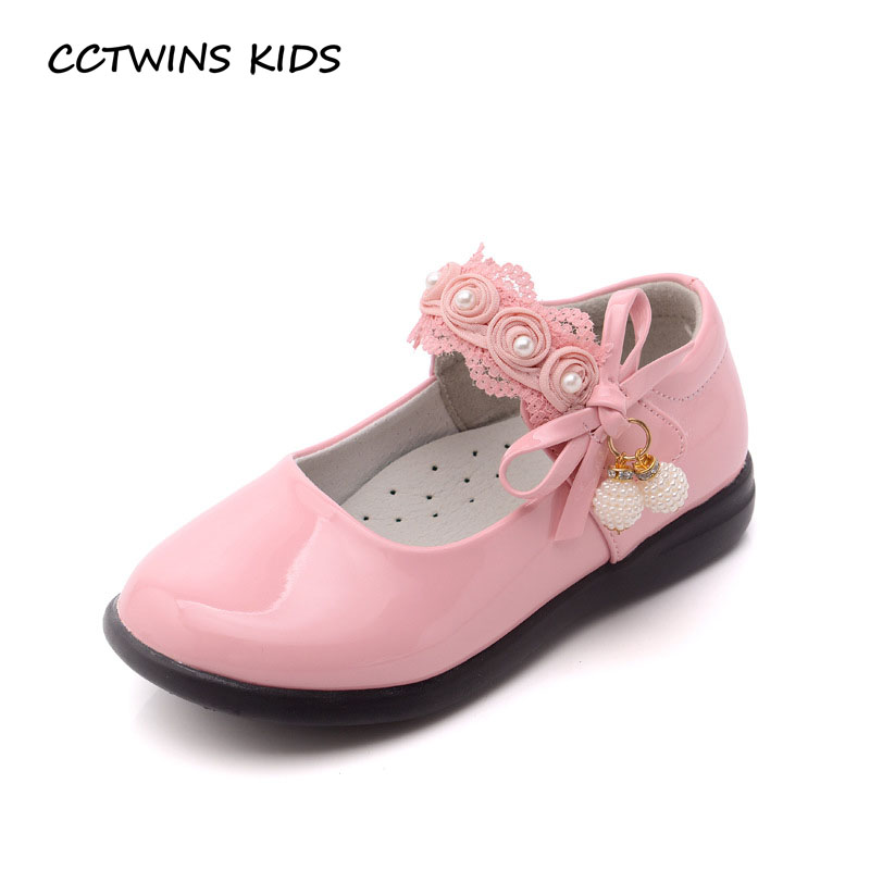 14a0f4b54d9a CCTWINS KIDS 2017 Baby Girl Pu Leather Pearl Strap Flat Toddler Fashion  Black Shoe Kid Lace Flower Mary Jane White Flat G1482-in Leather Shoes from  Mother ...