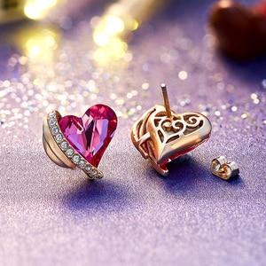 Image 3 - CDE Frauen Gold Ohrringe Schmuck Verziert mit Kristallen von Swarovski Rosa Engel Flügel Herz Stud Ohrringe Feine Schmuck Geschenke