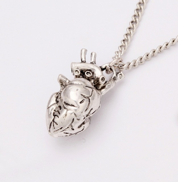 Steampunk Style Antique Silver Anatomical Heart Necklace Alloy Heart