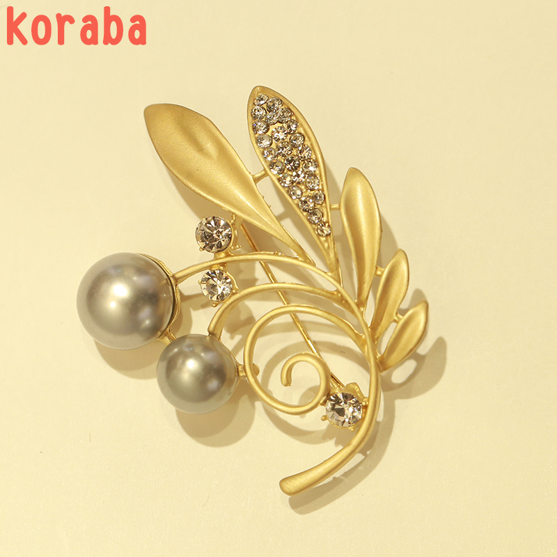 New Matte Gold Color Plated six Flower Decorated and Imitation Pearl Leaf Brooch Pins for Women Girl  jewelry Accessories Gift