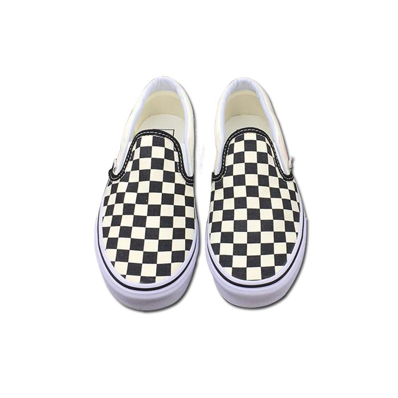 d94a249d095 Vans Slip on Original Skateboarding Shoes Outdooor Black and white ...