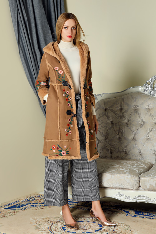 European&American winter warm hooded overcoat New 2017 Fall/winter woman's embroidery parka topcoat