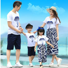 2017 Summer Cotton Family Look Elephant Printed T-shirts+Pant Mother and Daughter Clothes Set Mother Father Baby Family Matching