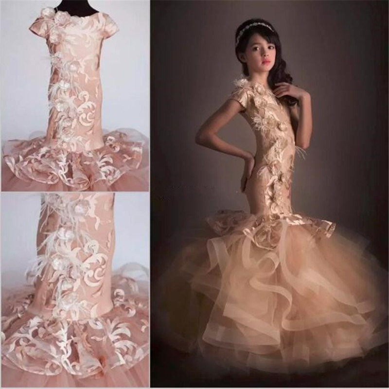 Mermaid Girls Pageant Dresses With Short Sleeves Lace Tulle Handmade Flowers Floor Length Champagne Pageant Dresses For Teens