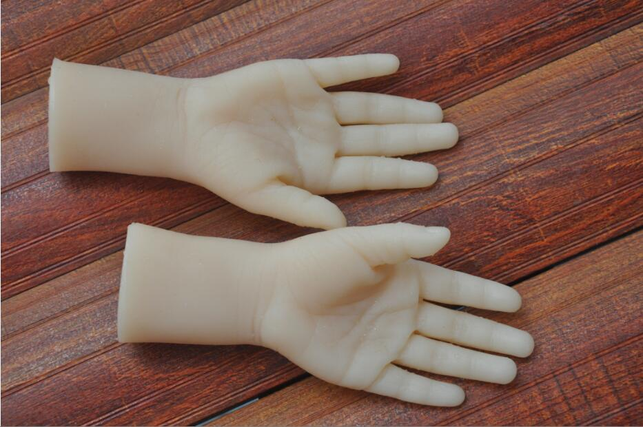 One Pair Realistic Silicone two years little girl Mannequin Dummy Hands For Ring Jewelry Display Model Nail Art Hand in Sex Dolls from Beauty Health