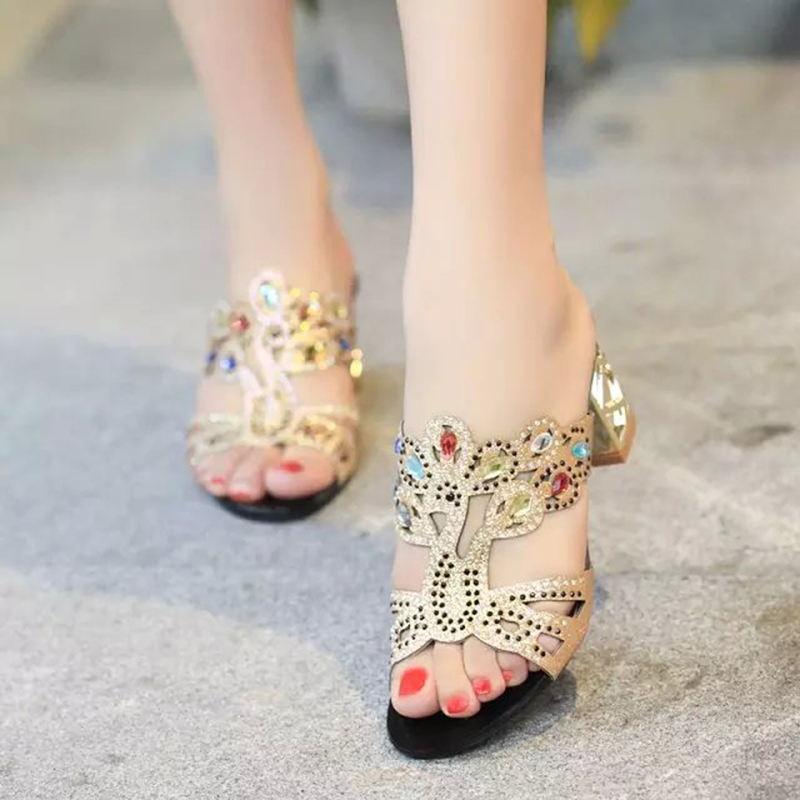 Lucyever Bohemia Beach Sandals Women Rhinestone Bling Sandals New Designer Summer Shoes Slides Crystal Sandals Flip flops Women women sandals flip flops 2018 new summer fashion rhinestone wedges shoes woman slides crystal bohemia lady casual shoes female