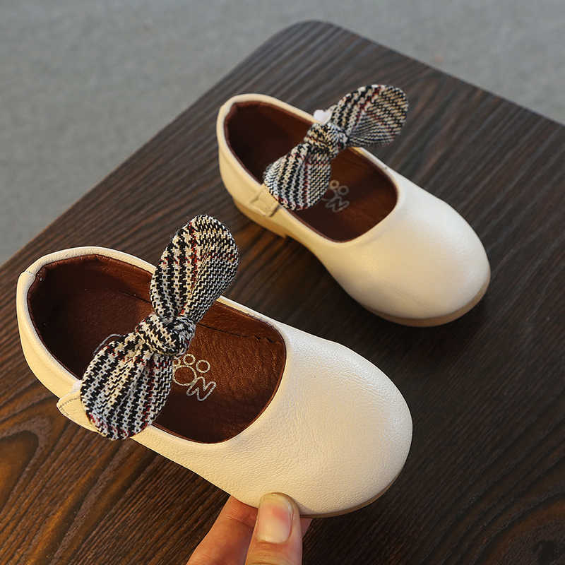 ... Children Shoes PU Leather Princess Bowknot Dance Nubuck Kids Shoes 2-6 Years  Old Gilr ... 293f1f8ff5d3