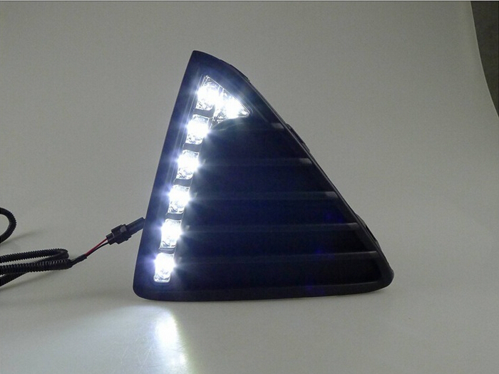 ФОТО Gloss  daytime running lights LED Car DRL with turn off and dimmer function case for 2012 Ford Focus 3 ,fog light