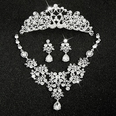 Hot Sale Sliver Plated Rhinestone Crystal Necklace+Earrings+Tiara 3pcs Jewelry Set For Bride Bridal Wedding Accessories (2)