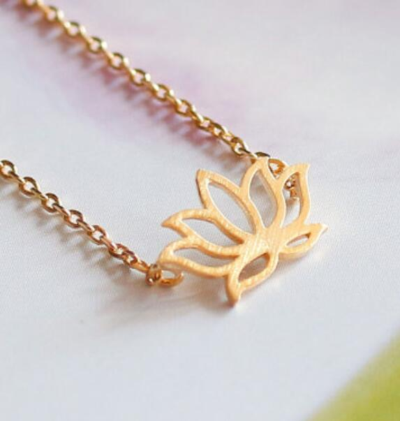Charm Simple Gold Silver Necklaces Tiny Lotus Shape New Simple