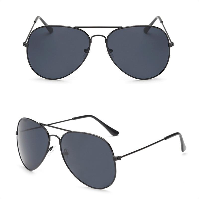 2019 nya mode män solglasögon klassiska märkesdesign damglasögon UV400 metallram retro gula nattvisionsglasögon