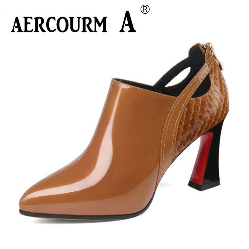 цена на Aercourm A 2019 Women Genuine Leather Dress Shoes Ladies platform Solid Shoes Square Heel Women croc Pumps Black brown Shoes