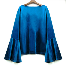 Women's Plus Size Vintage Velvet Flare Sleeved Top
