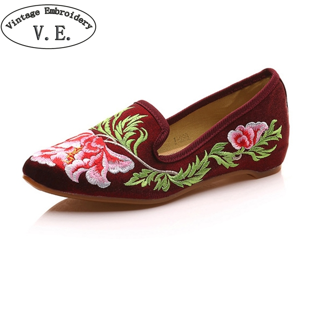 Women Shoes Flats Faux Suede Vintage Flower Embroidery Lady Pointed Toe Comfort Slip-on Summer Ballet Shoes For Woman