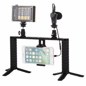 Image 2 - PULUZ 4 ב 1 שידור חי LED Selfie אור Smartphone וידאו Rig ידית מייצב אלומיניום סוגר ערכות מיקרופון חצובה