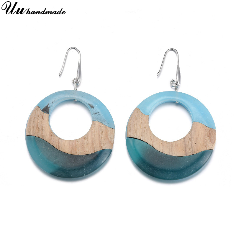Fashion jewelry Acrylic earrings wholesale customized MOQ 120 pairs delivery time about 20 days