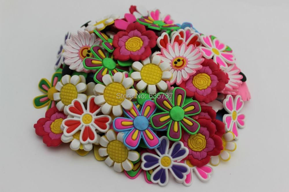 fb01aae6597b6 US $15.59 |100pcs/lot Big Flower shoe charms ,shoe accessories, shoe  decoration fit croc for children gift 2-in Shoe Decorations from Shoes on  ...