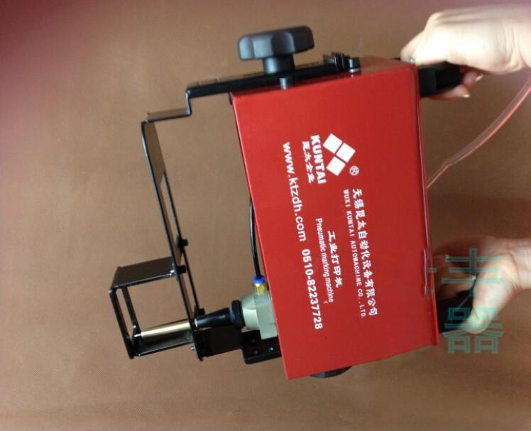 Pneumatikus jelölőgép hordozható adattábla kódoló gépjármű - Elektromos kéziszerszámok - Fénykép 2