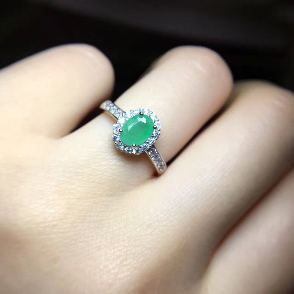 Jewelry Qi Xuan_Fashion Jewelry_Colombia Green Stones Fashion Rings_S925 Solid Silver Woman Rings_Factory Directly Sales