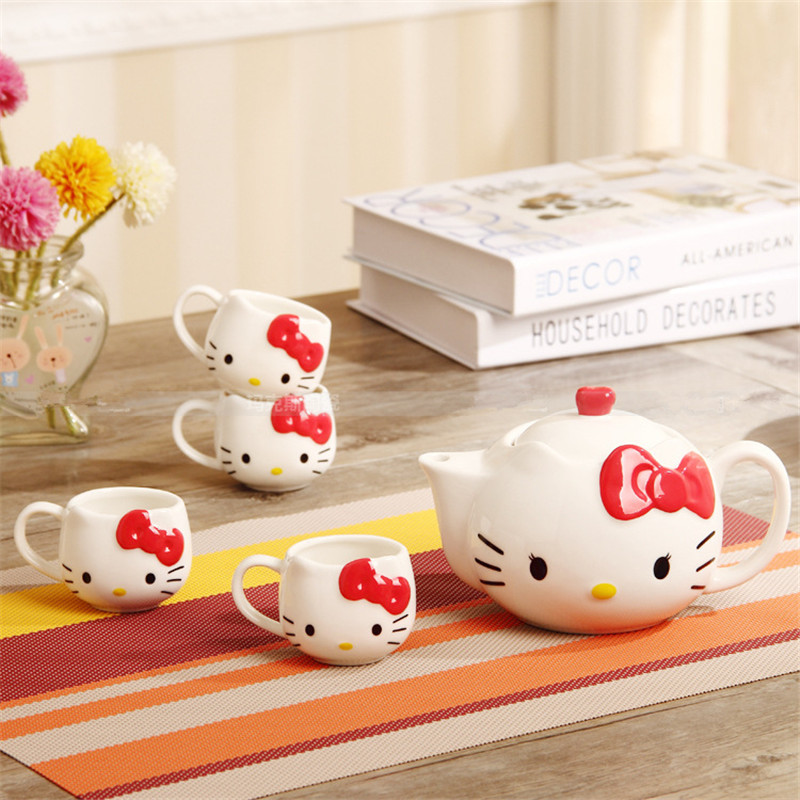 5pieces/lot Hello Kitty Tea Pot Cup Set Novelty Coffee Milk Tea Cup Pot Porcelain Set High Quality Drinkware Kettle 1 Pot 4 Cups