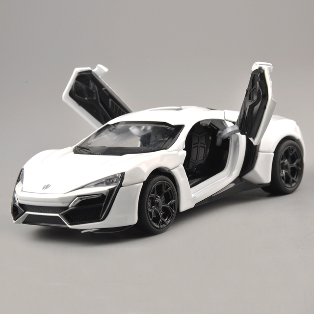 Collectible Model Car Toys 1/32 Scale Alloy Lykan Hypersport Fast and Furious Electronic Diecast Cars Toys for Boys Kids