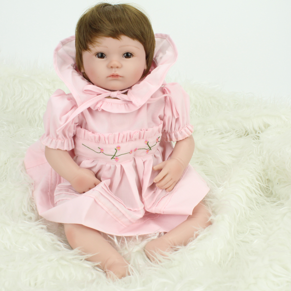 2016 New Soft Silicone Reborn Baby Doll Handmade Lifelike Baby Reborn Dolls with Dresses Bonecas Girls Gifts2016 New Soft Silicone Reborn Baby Doll Handmade Lifelike Baby Reborn Dolls with Dresses Bonecas Girls Gifts