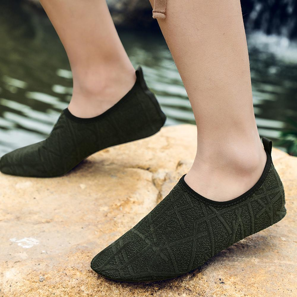 Men Summer Hot Sale Solid Color Beach Shoes Swimming Diving Socks Drifting River Wading Flat Water Shoes For Male 2019 Fashion
