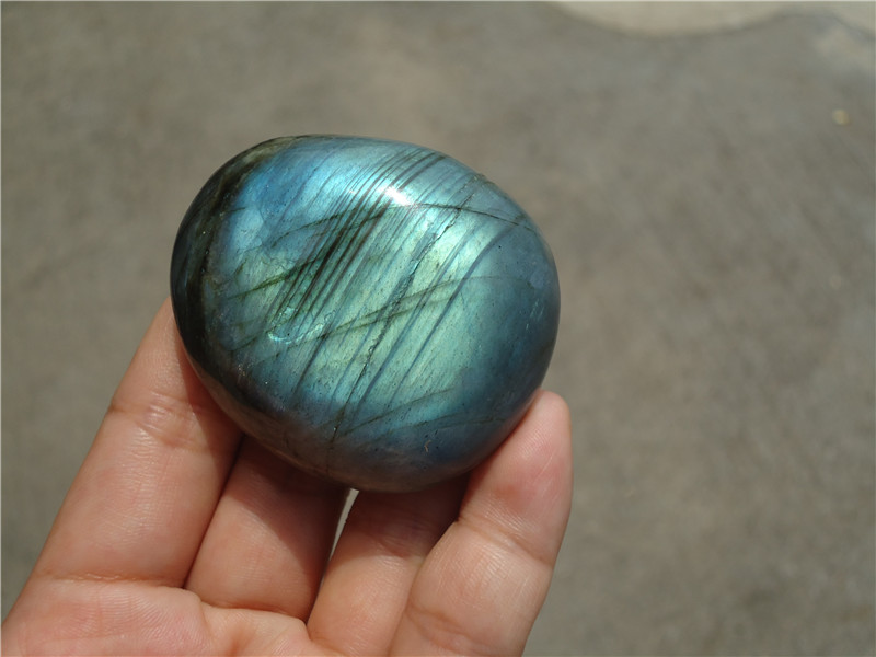 Free shipping 105g AAA Natural moonstone labradorite lover stone pendant цена и фото