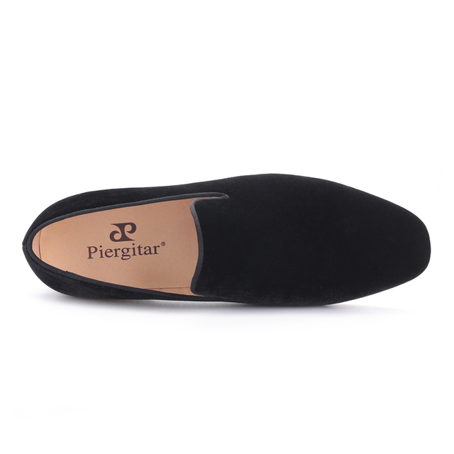 Piergitar 2019 new arrival men velvet handmade flats shoes Fashion wedding and party men dress shoes plus size men's loafers