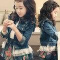 2016 primavera outono crianças jaqueta moda Denim bebê meninas rendas jaqueta de Cowboy crianças Denim Top botão Costume Outfits Jean brasão